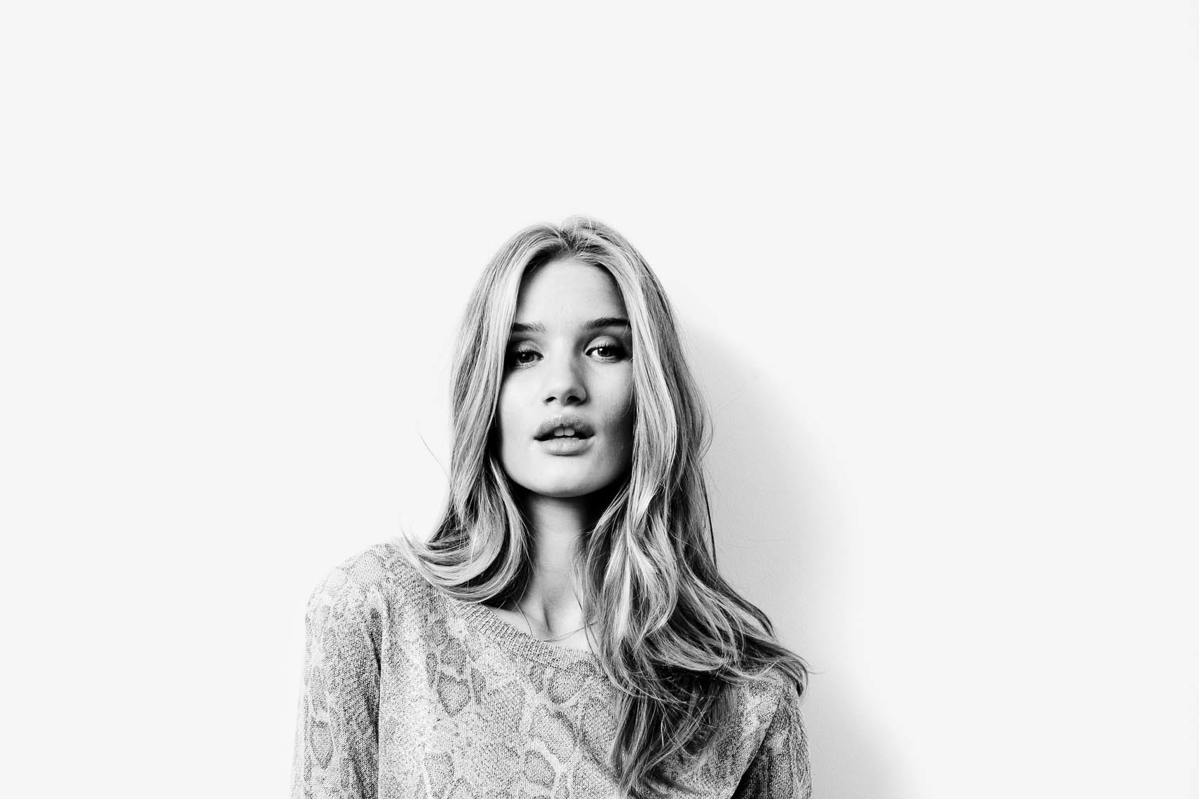 12_01_Estilo_Rosie_Huntington-Whiteley-22-2_8bit_sharp