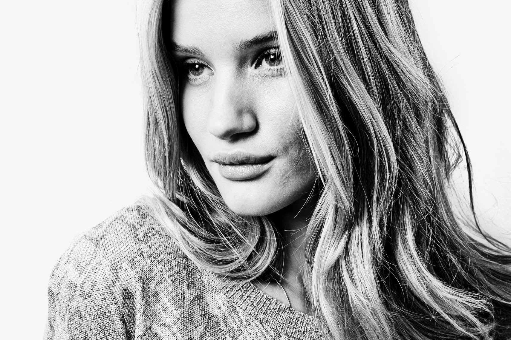 12_01_Estilo_Rosie_Huntington-Whiteley-26_8bit_sharp